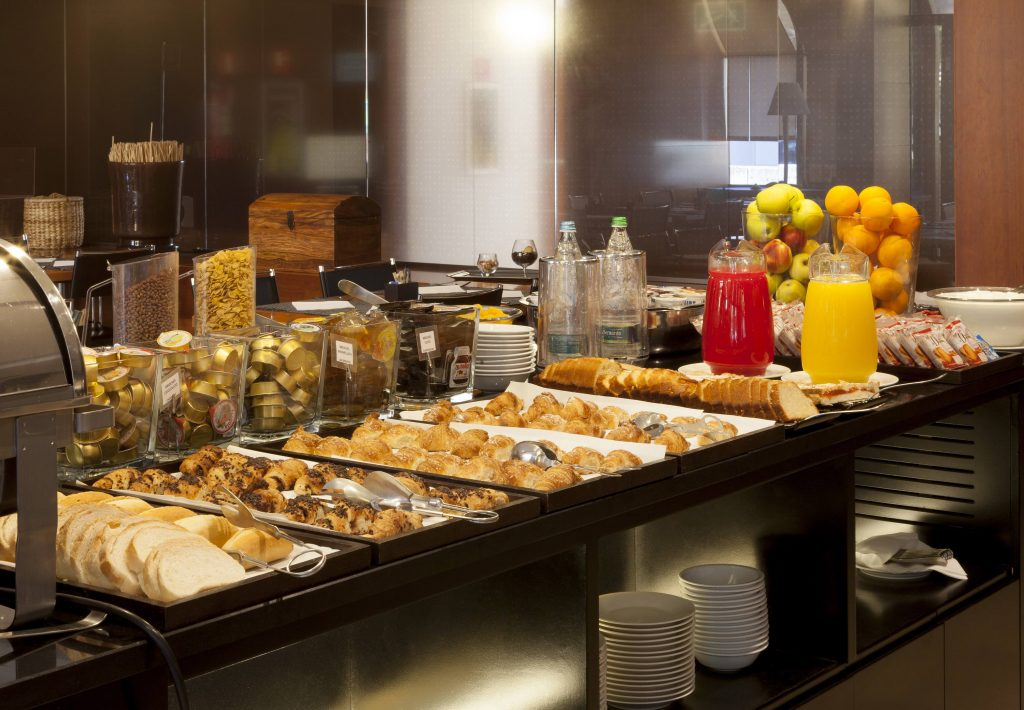 Free continental breakfast for Marriott Platinum Elite