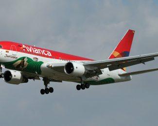 Avianca Aircraft Landing