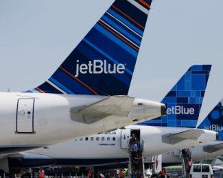 JetBlue Tails
