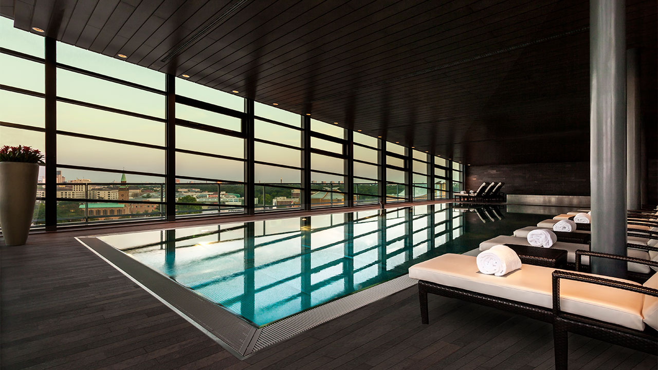 Grand Hyatt Berlin Indoor Swimming Pool