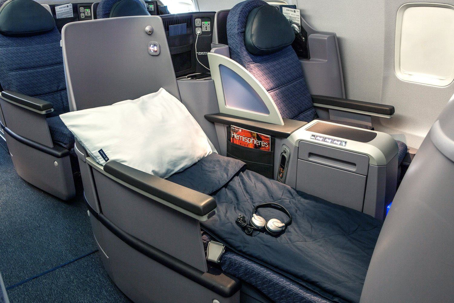United P.S. Business Seat