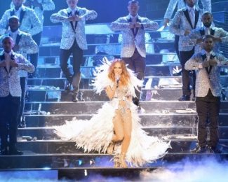 J Lo at Caesars