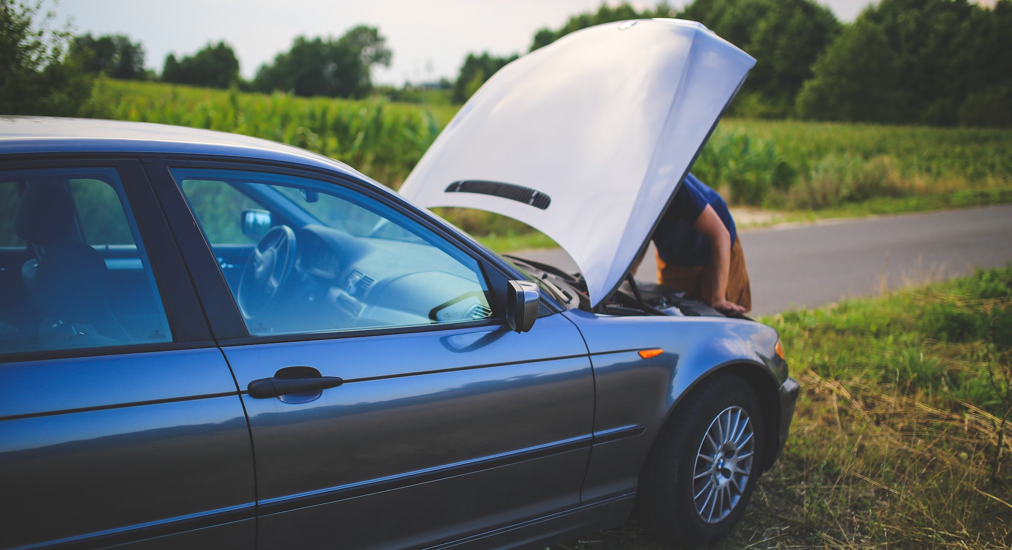 Credit Cards that provide Free Roadside Assistance