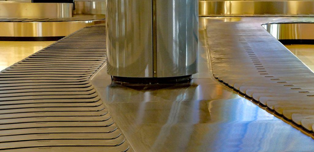 luggage-conveyor