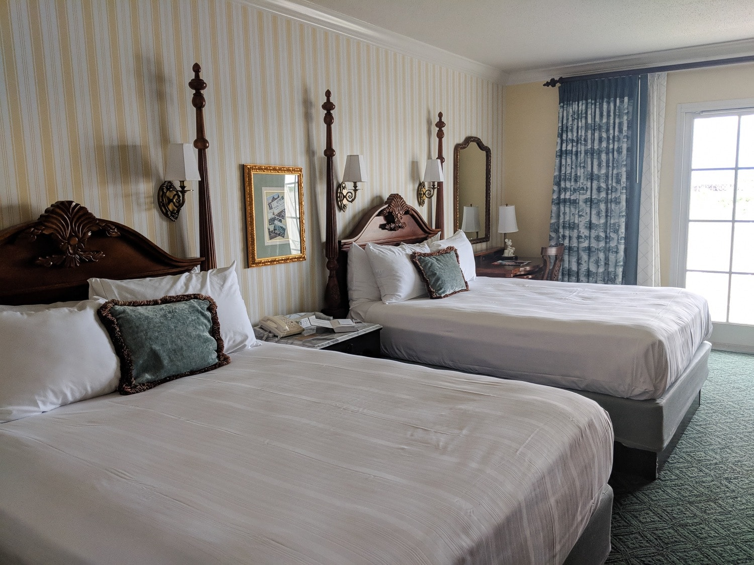 Disney BoardWalk - Bedroom