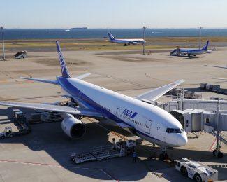 Boeing 777 at Haneda