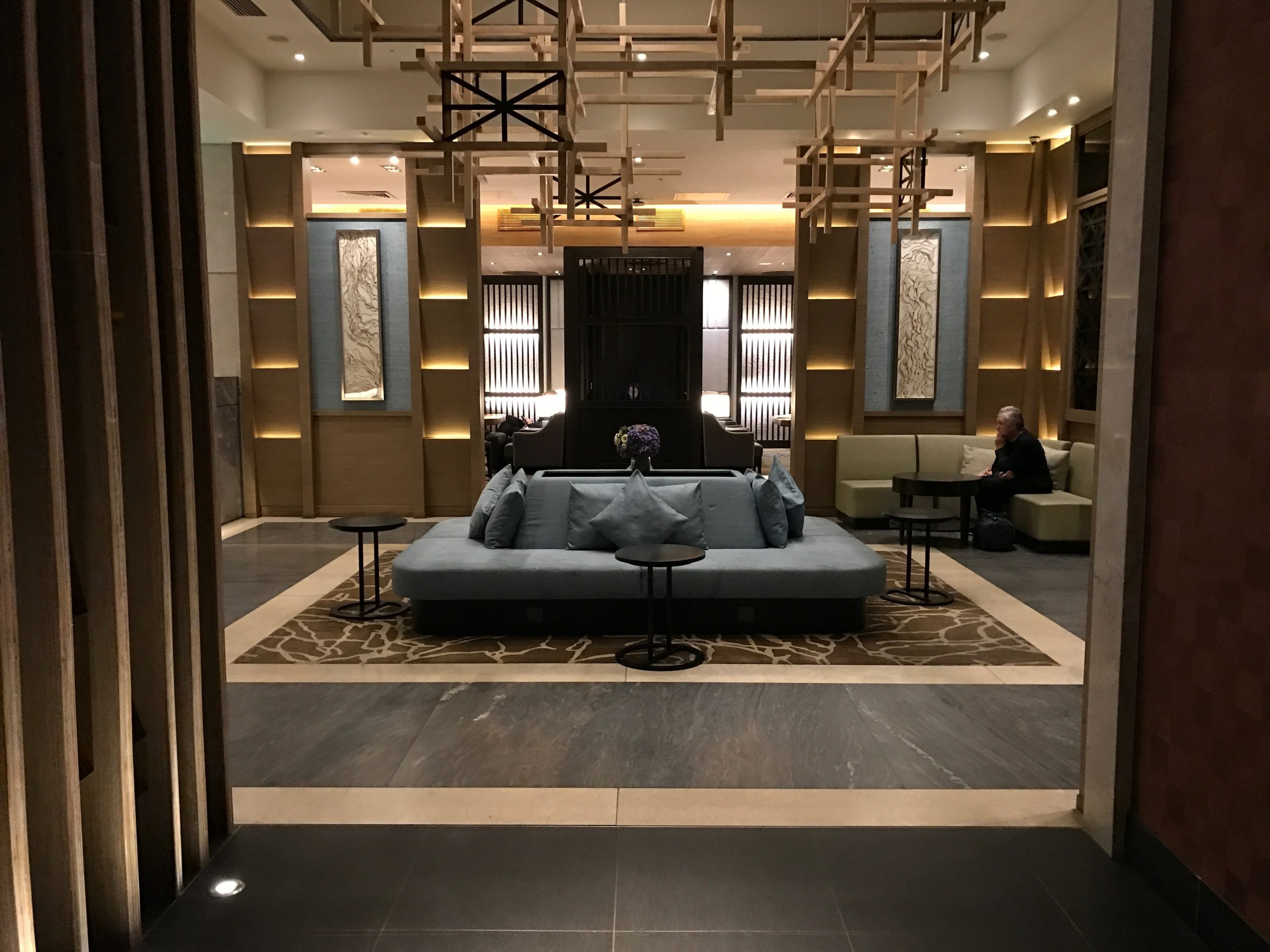 Entry way and atrium of Plaza Premium Lounge at London-Heathrow Airport