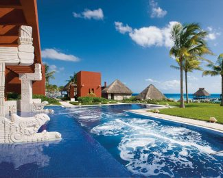 40% Off at AMResorts Feature
