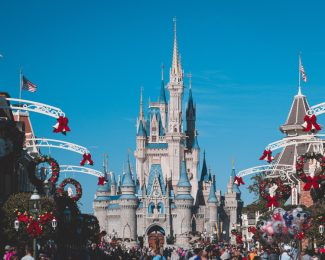 Fly to Orlando with Delta Feature